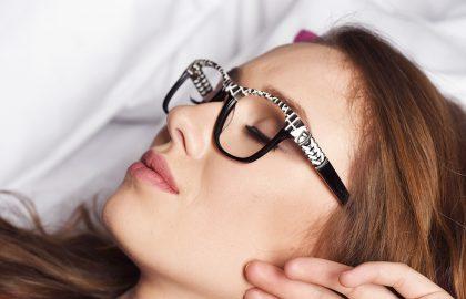 seksowny kształt okularów