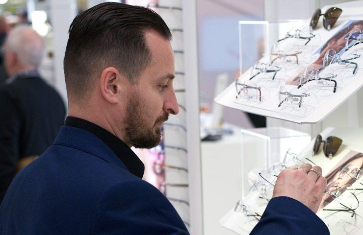 Jak dbać o okulary, by żyły dłużej? Ghosteye Radek Wiktorowicz