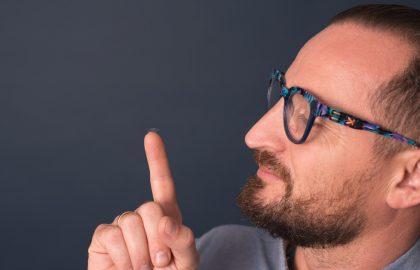 Kiedy-soczewki-kiedy-okulary